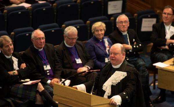 Very Rev Dr Derek Browning