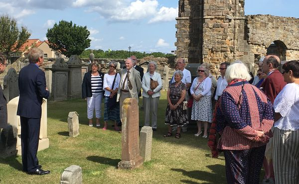Very Rev Dr Russell Barr leads the service of dedication in memory of the Open Champion golfer Jamie Anderson.