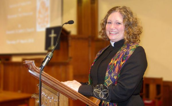 Rev Teri Peterson at her induction