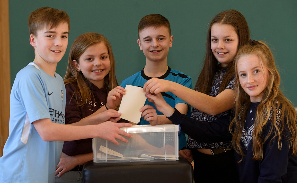Local schoolchildren from St Madoes Primary School visiting St Madoes to cast their votes