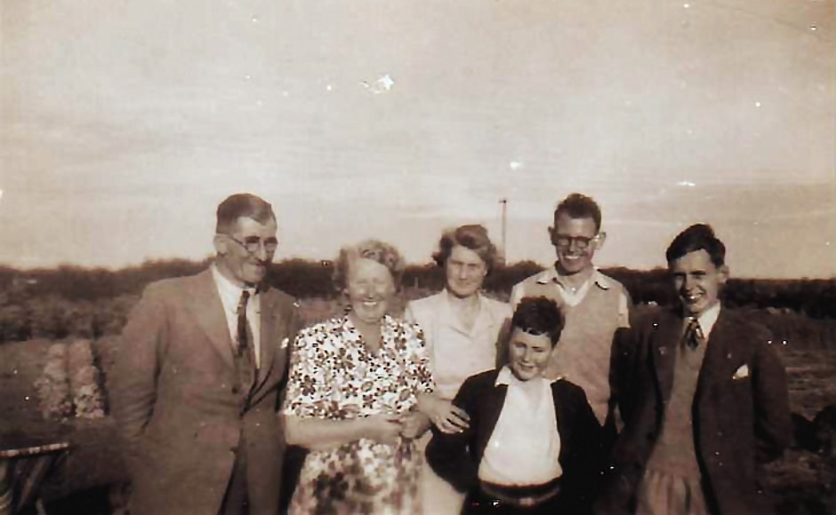 Group photo from the 1950s with Douglas Fernie and John Russell