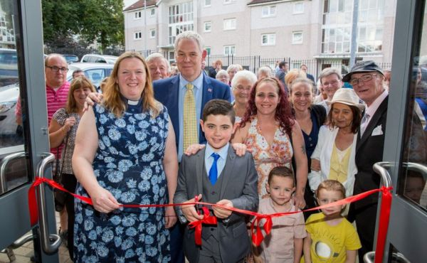 Castlemilk ribbon cutting