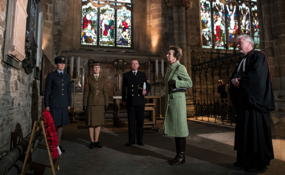 HRH the Princess Royal laying a wreathe at Dr Elsie Inglis's memorial in St Giles