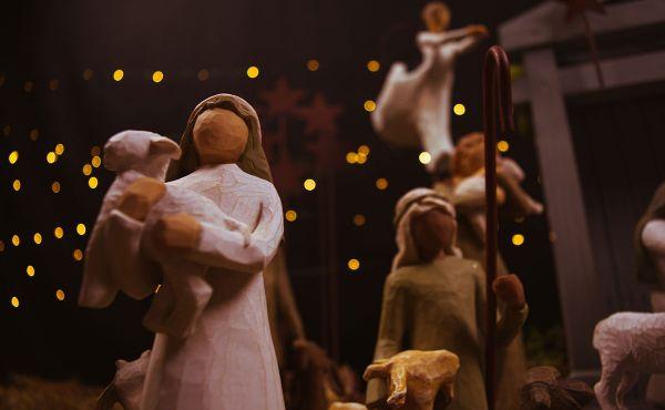 Wooden nativity scene figurines